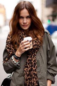Она не имеет привязки к каким-то субкультурам или высокой моде.  Уличный стиль в одежде как явление появился.