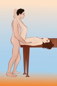 поза секс на столе