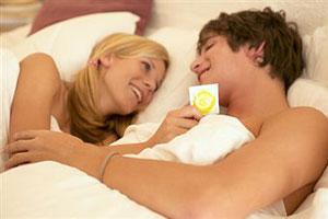 Секс постоянных партнеров без презерватива полезен