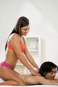 проститутки делают эротический массаж
