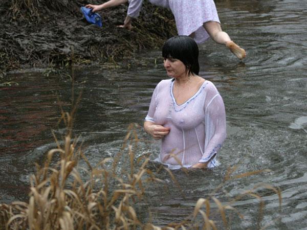 купание без нижнего белья фото рассказы