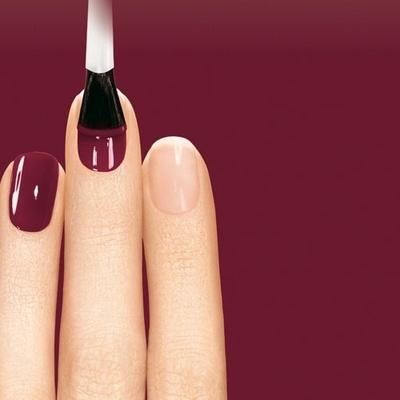 Слоятся ногти на руках причины и лечение почему