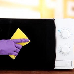 Как ппочистить микроволновку