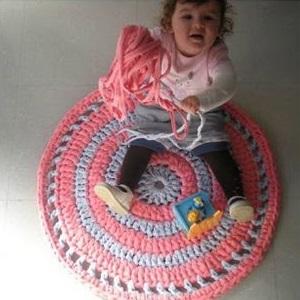 Из чего связать толстый коврик